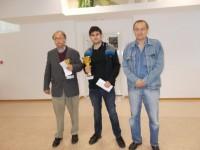 GM Bogdan Lalić (2. mjesto), GM Saša Martinović (1. mjesto) i IM Milan Mrđa (3. mjesto))